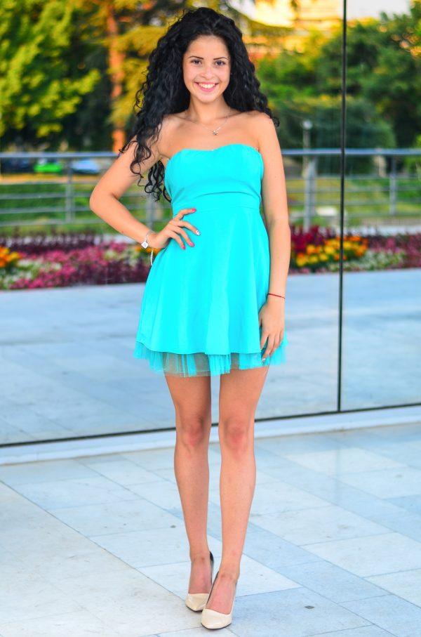 Лятна рокля тип бюстие в тюркоазен цвят