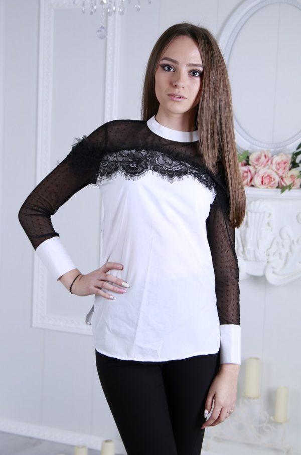 Елегантна риза в бял цвят с дантела