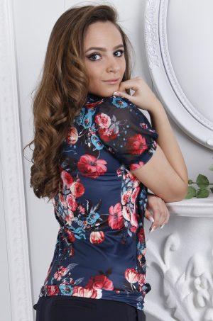 Стилна,елегантна блуза с къс ръкав на цветя