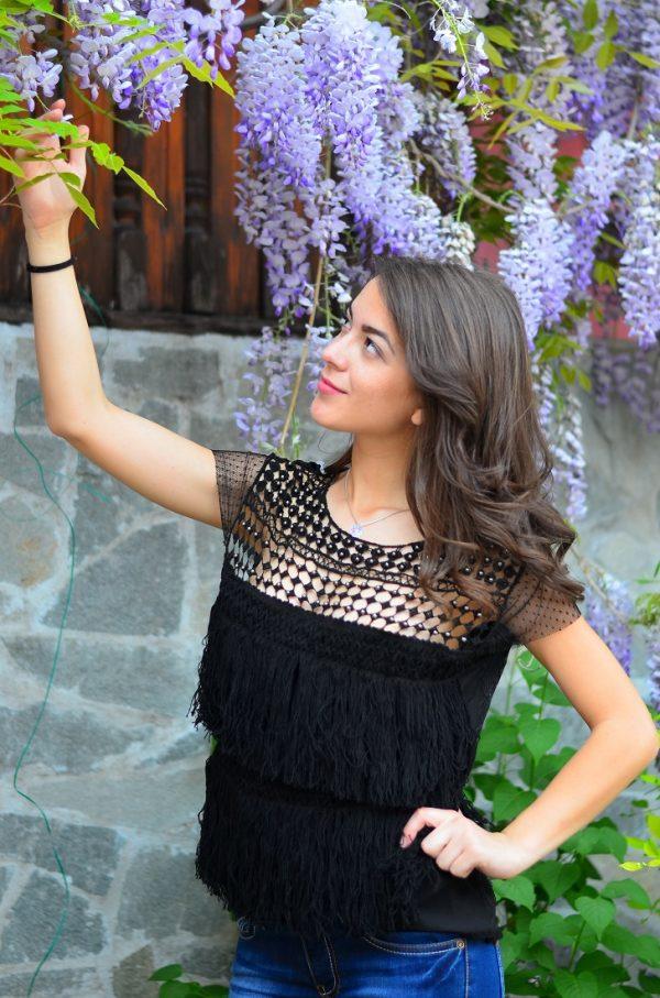 Блуза с ресни