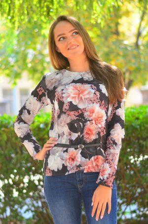 Елегантна блуза с дълъг ръкав на цветя