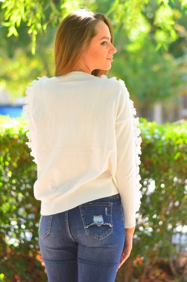 Кашмирна блуза с дълъг ръкав в бял цвят