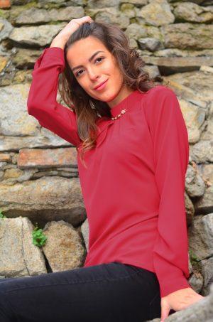 Стилна, елегантна блуза с дълъг ръкав в бордо цвят