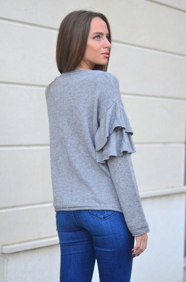 Дамска блуза в сив цвят с бродерия