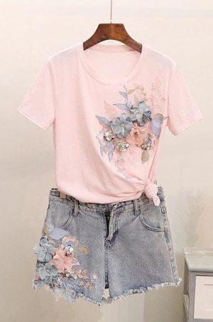 Комплект розова тениска и къси дънкови панталонки
