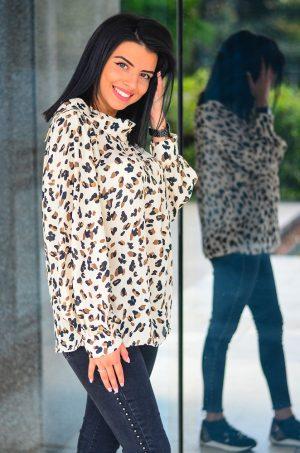 Елегантна блуза на животински принт
