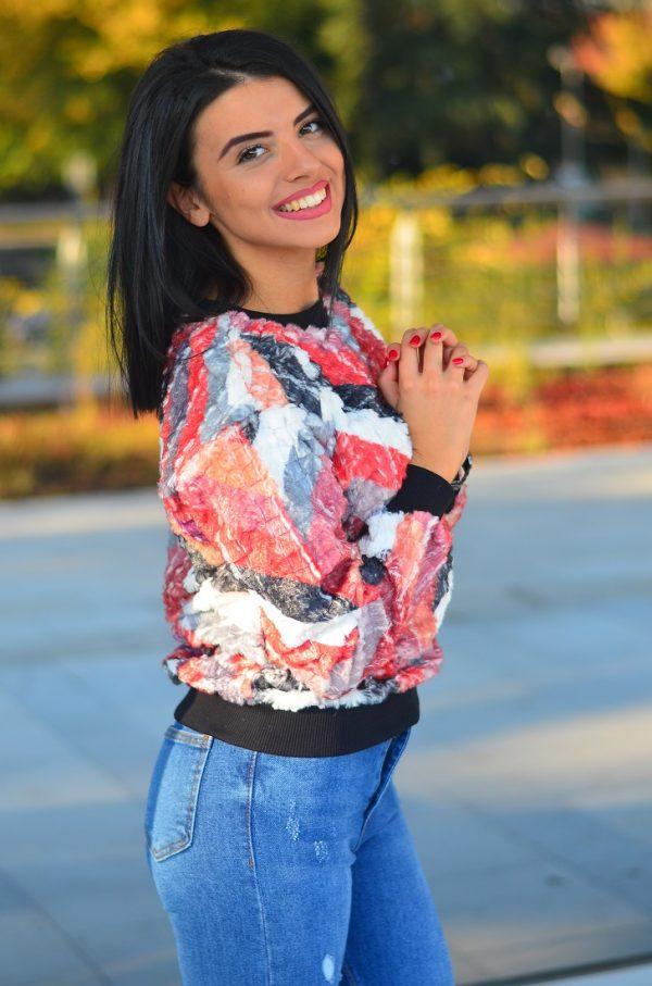 Дамска блуза с абстрактен принт