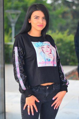 Дамска блуза в черен цвят с пайети и 3D щампа